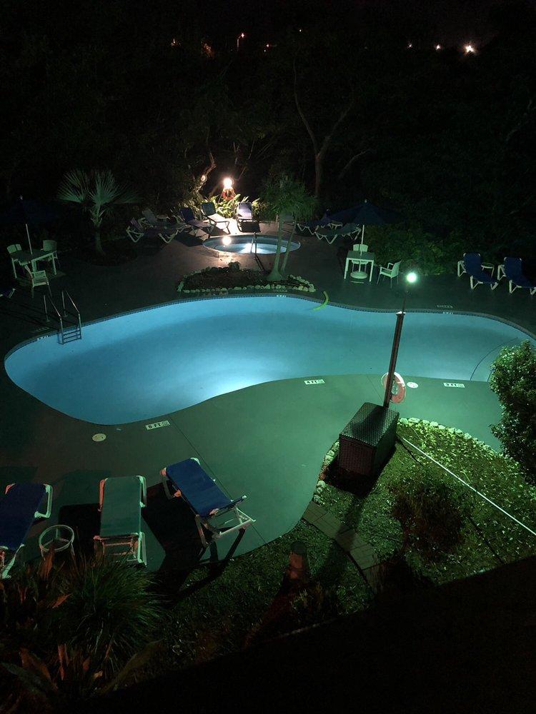 Coconut Mallory Resort and Marina - Slideshow Image 1