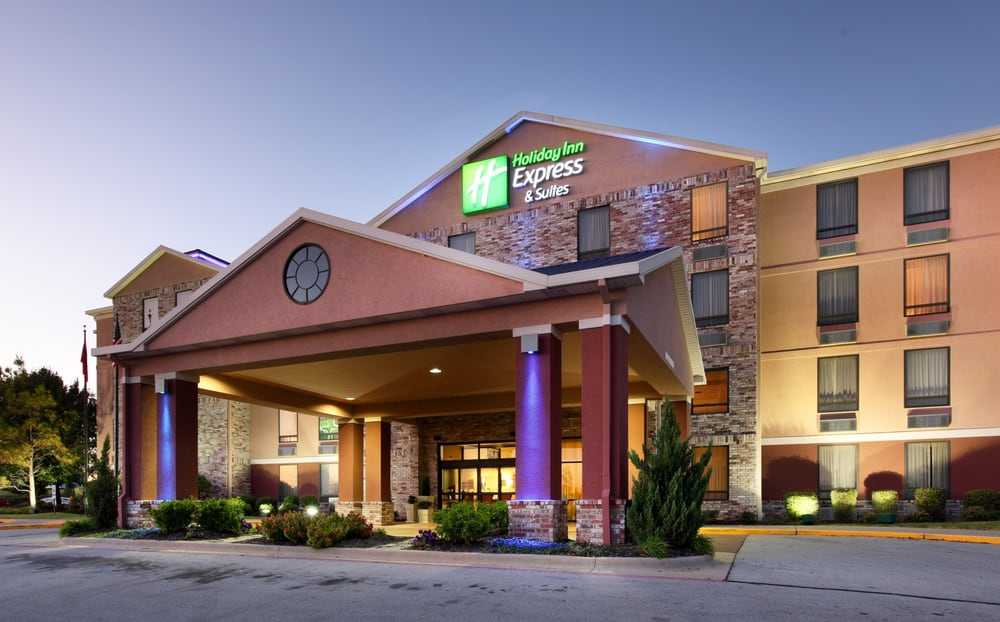 Holiday Inn Express & Suites Harrison: 117 Hwy 43 E, Harrison, AR