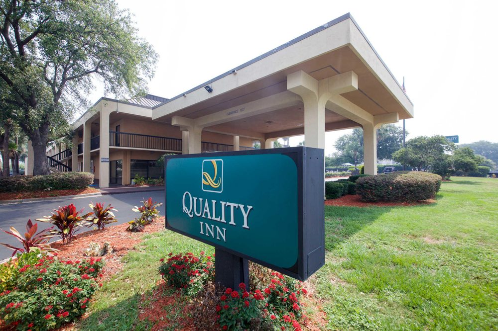 Quality Inn Orange Park Jacksonville: 6135 Youngerman Circle, Jacksonville, FL