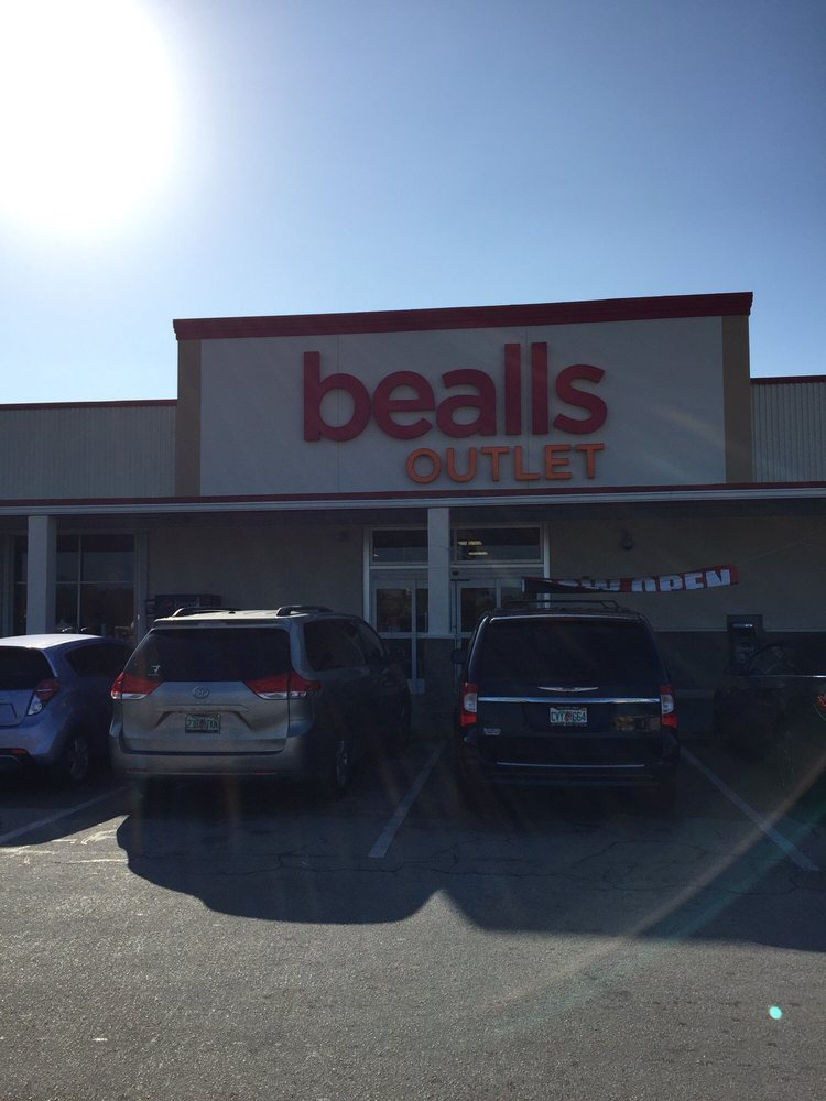 Beall's Outlet: 2506 N Roosevelt Blvd, Key West, FL