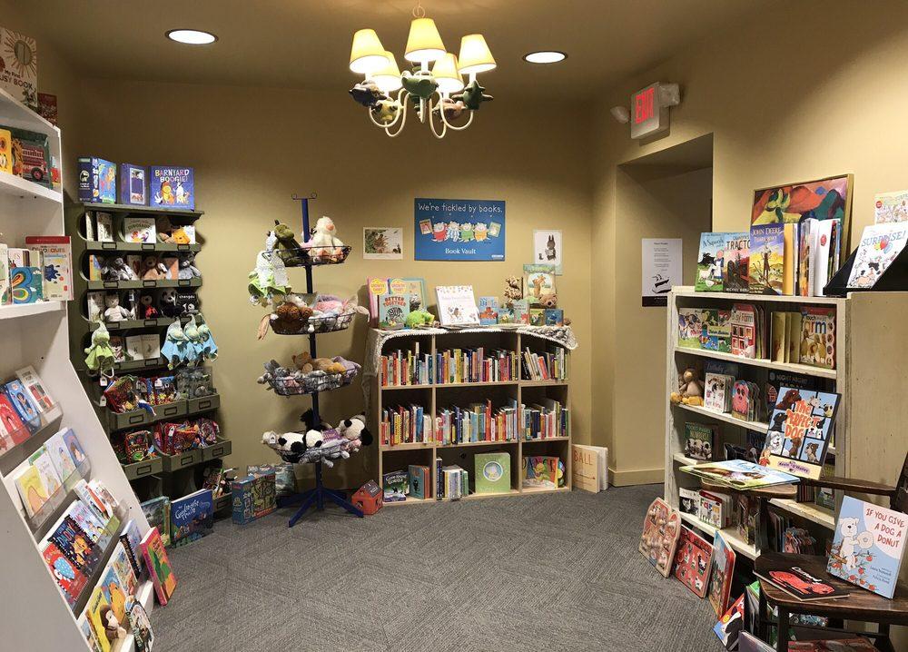 Book Vault: 105 S Market St, Oskaloosa, IA