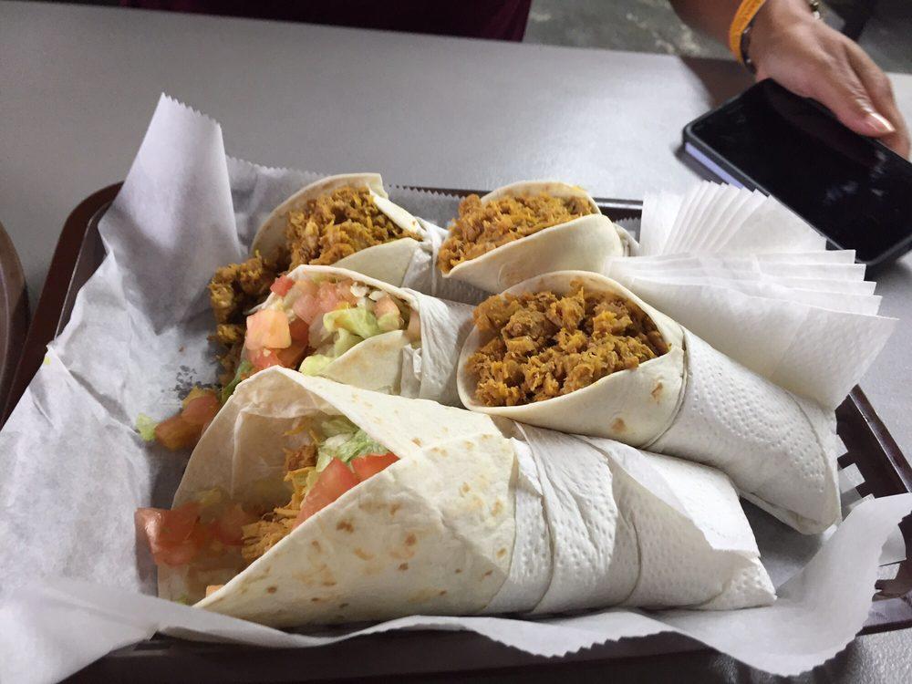 Ramonitas Tacos Place: Puerto Rico 1, Cayey, PR