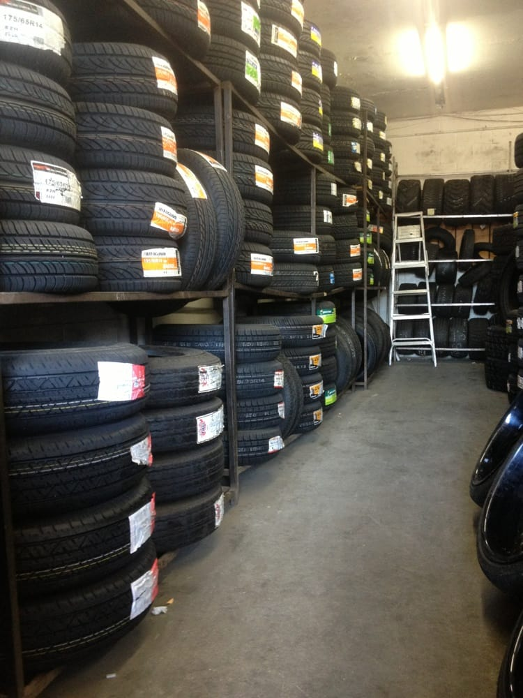 Silva's Tire Shop