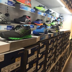 outlet asics
