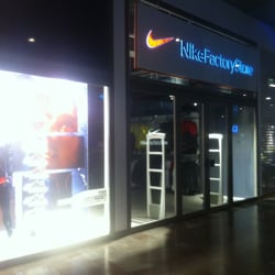 promo code 734f8 55fd6 Nike Factory Store - Outlet Stores - Dialoggatan 2, Huddinge, Sweden -  Phone Number - Yelp