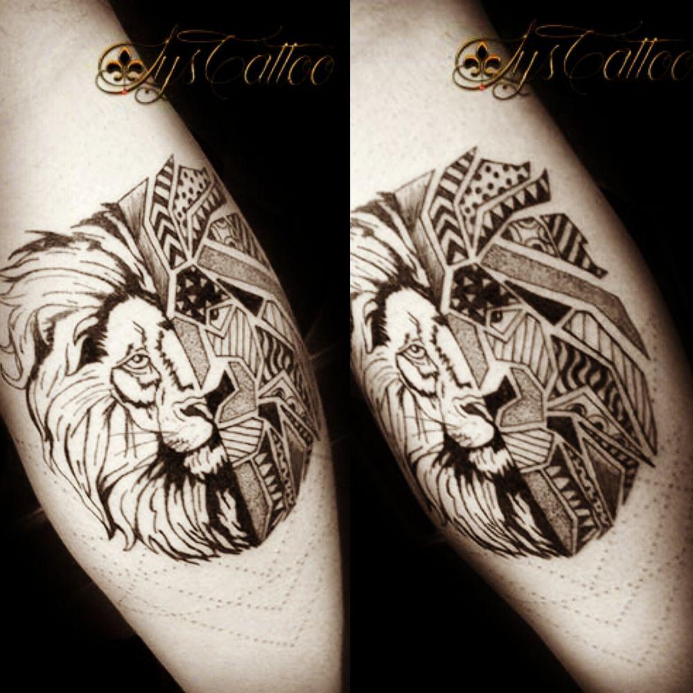 Tatouage Mollet Homme Tete De Lion Graphique Type Tribal Ethnique