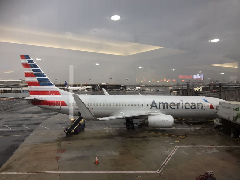 American Airlines 13 Photos Amp 81 Reviews Airlines