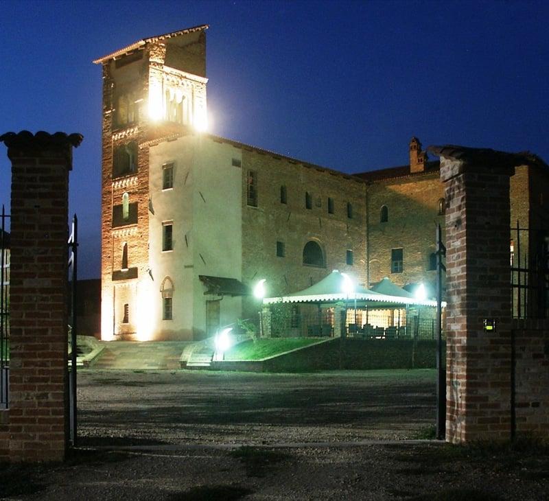 Castello di corveglia cucina italiana borgo corveglia - B b la finestra sul castello termoli ...