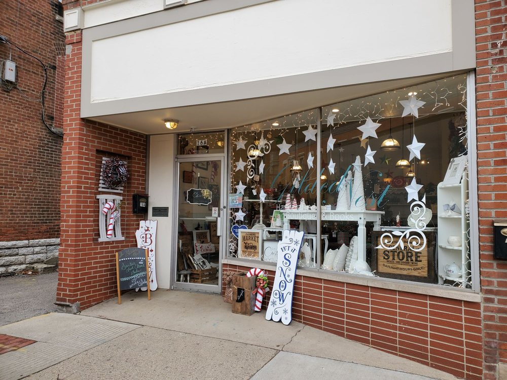The Gilded Nest: 16A N State St, Greenfield, IN