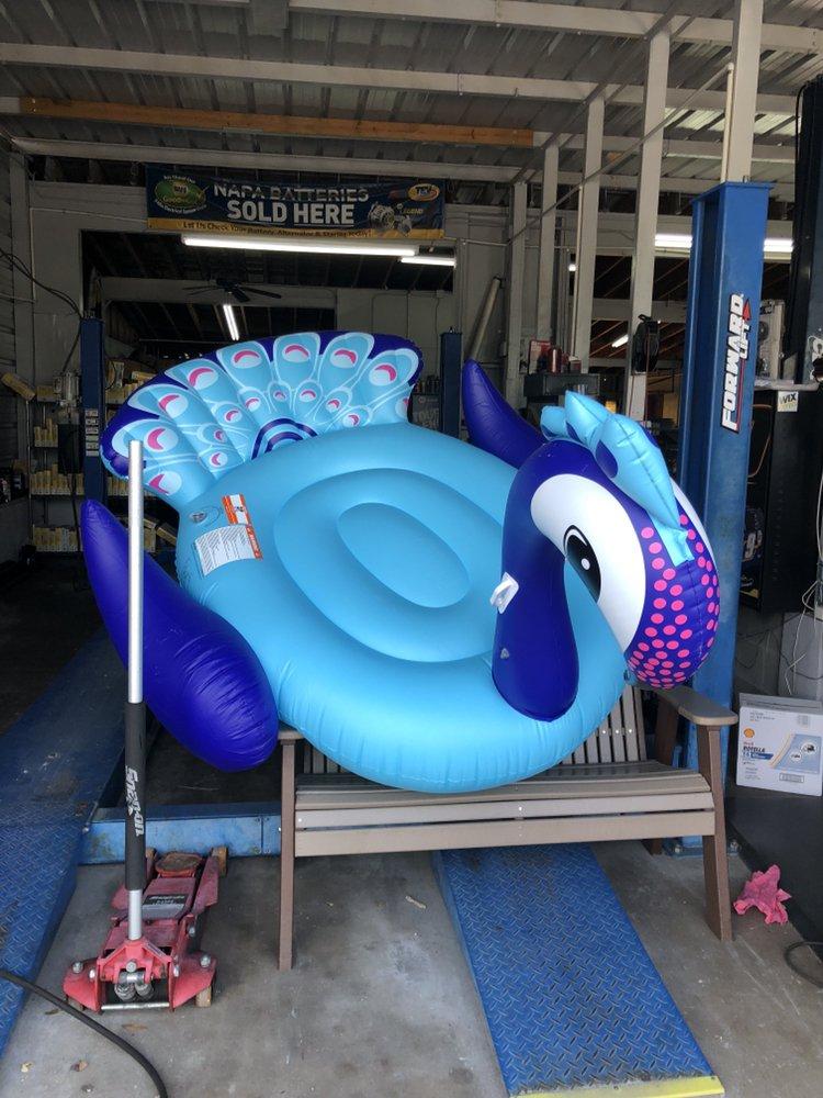 Grooms Motors & Automotive: 5608 Marina Dr, Holmes Beach, FL