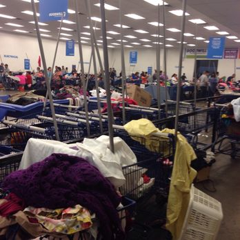 goodwill clearance center crowded super phoenix thrift stores clear yelp