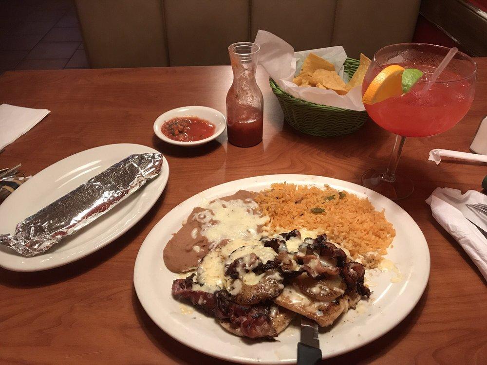 El Centinela Mexican Restaurant: 6072 Hwy 53, Braselton, GA