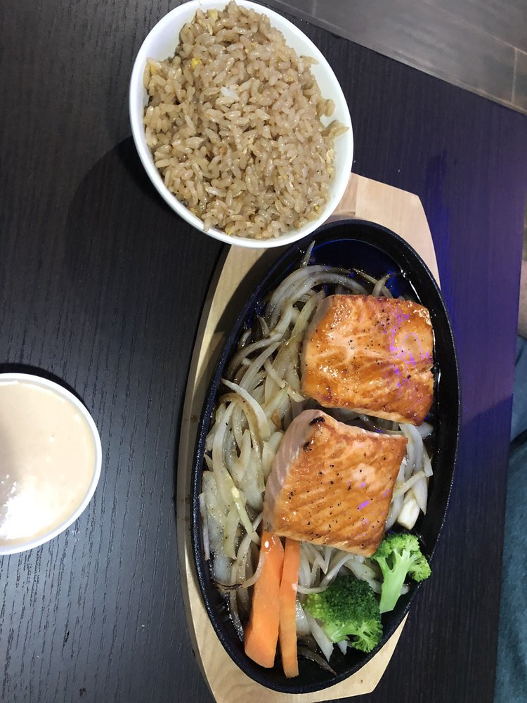 Sashimi Fusion: 7870 Lake Wilson Rd, Davenport, FL