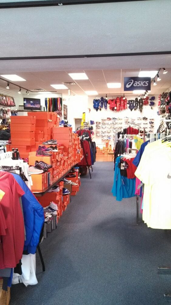 McCleerey's Sporting Goods: 22 S State St, Greenfield, IN