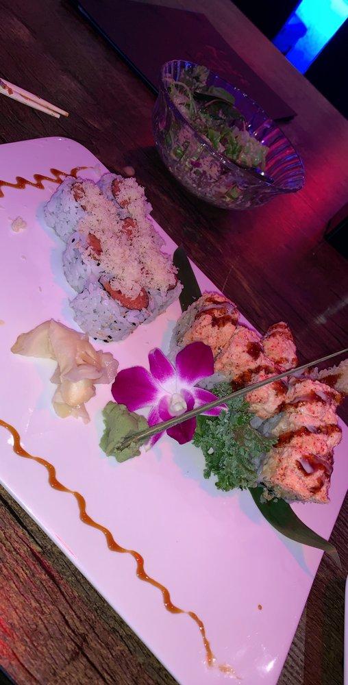 Kaze Japanese Sushi & Hibachi: 4037 Hempstead Turnpike, Bethpage, NY