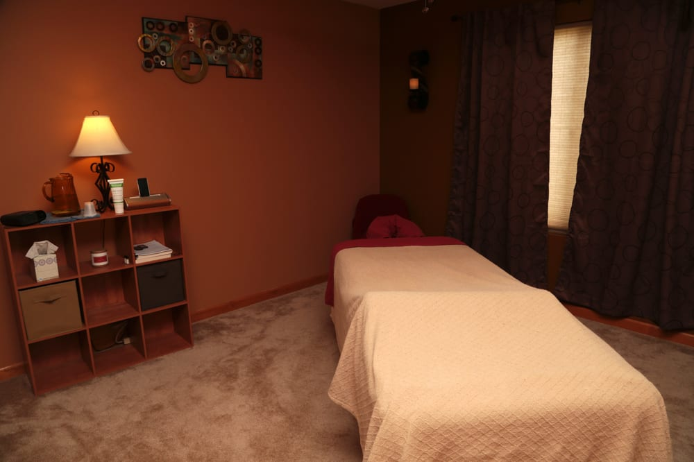Restorative Body Works: 1051 Valley Stream Dr, Pingree Grove, IL