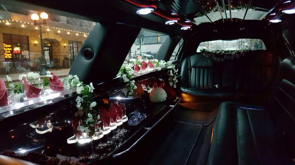 Sabra Limo: 2901 S 128th St, Seattle, WA