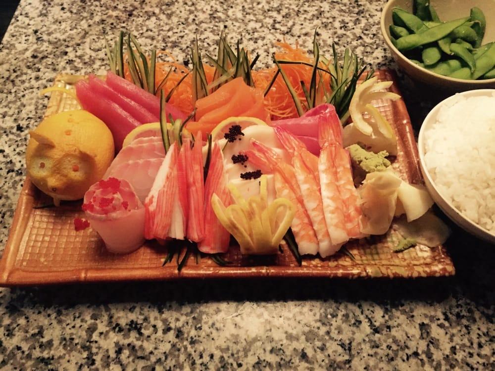 Toke Sushi & Thai Grill: 2605 Gault Ave N, Fort Payne, AL