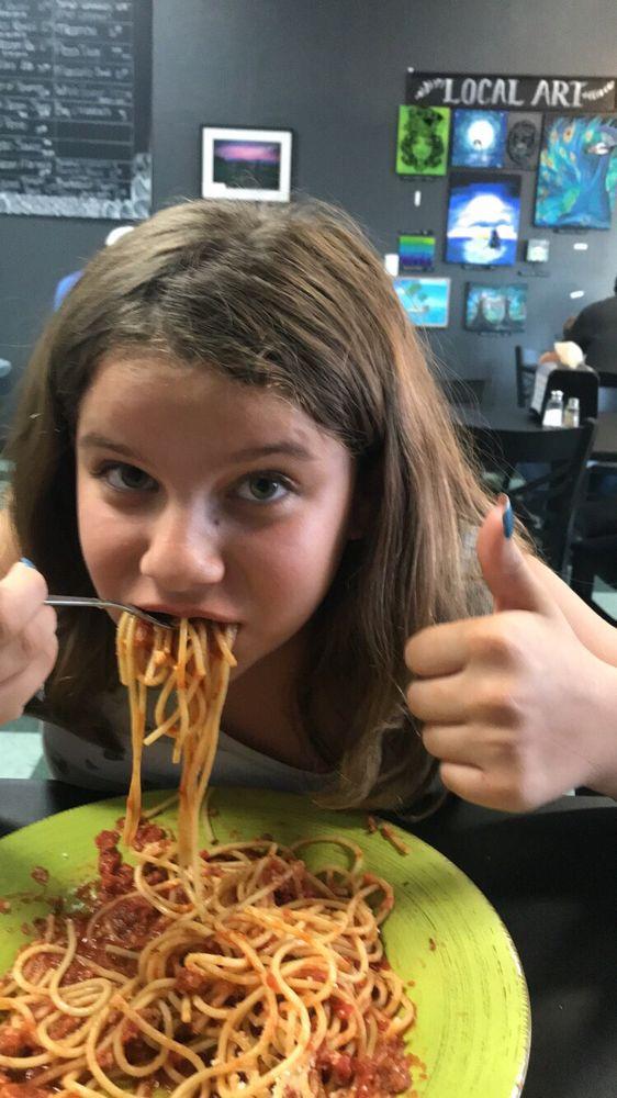 La Pasta Italia: 22320 Barton Rd, Grand Terrace, CA