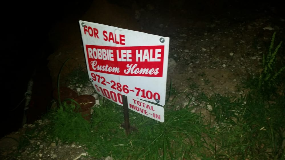 Robbie Hale Homes: 510 Kings Creek Dr, Terrell, TX