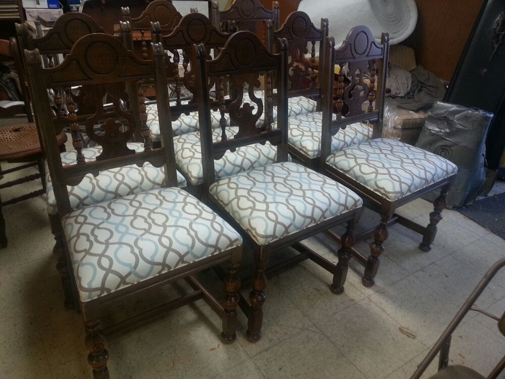 Recovered dining room chairs complete with padding for Replacement dining room chair seats