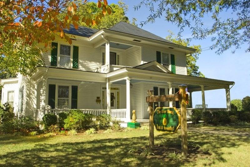 The Kerr House Bed & Breakfast: 519 Davie Ave, Statesville, NC