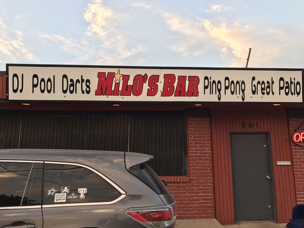 Milo's Bar: 501 E Division St, Arlington, TX