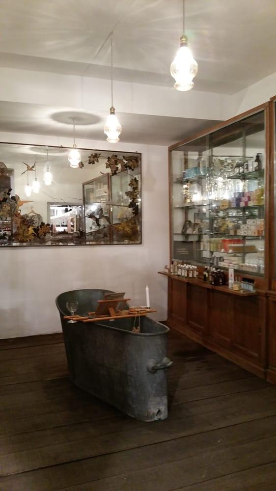 Maison empereur 28 photos 40 avis magasins de bricolage 4 rue des récolettes noailles marseille numéro de téléphone yelp