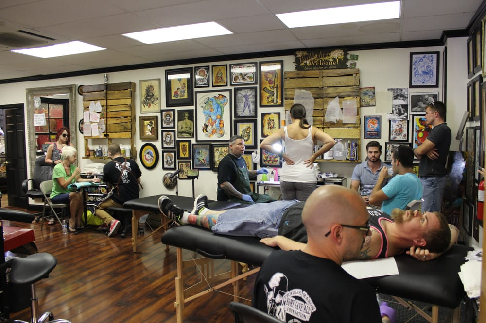 Kelley drake justin lipuma and johan ulrich spreading for Tattoo fredericksburg va