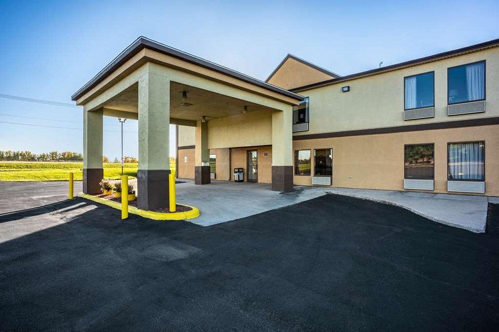 Americas Best Value Inn Galesburg: 737 Knox Highway 10, Galesburg, IL