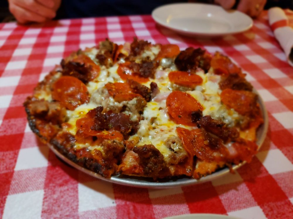 Food from Mr Gilberti's Place Chicago Pizza