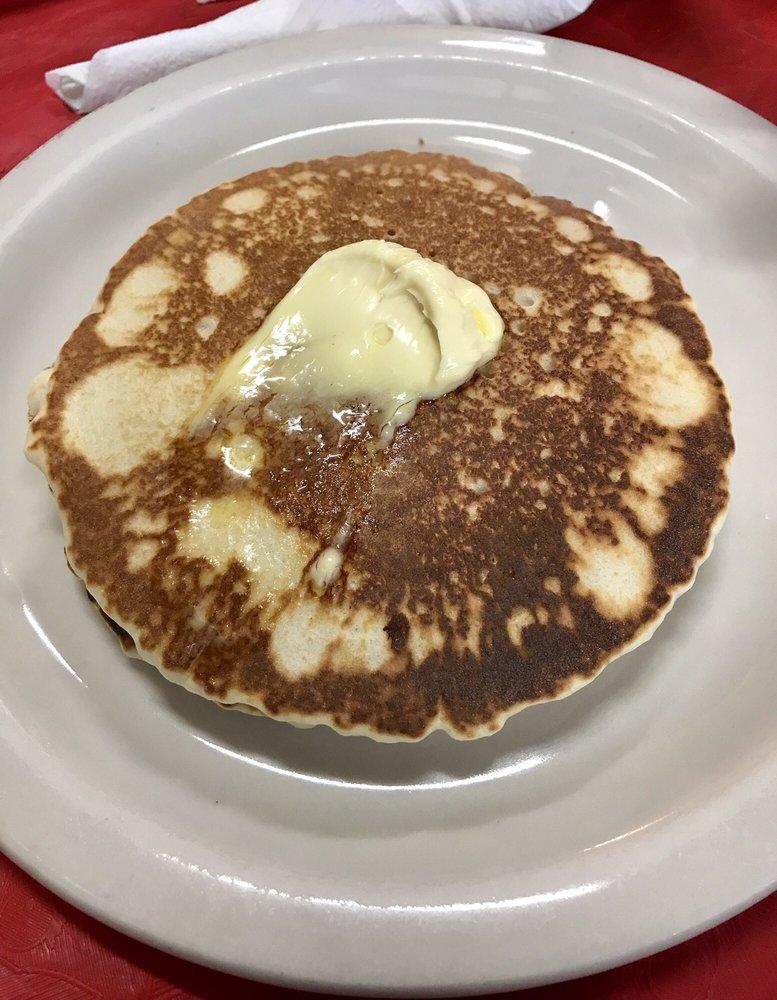 AJ'S Cafe: 3015 S US Hwy 281, Alice, TX
