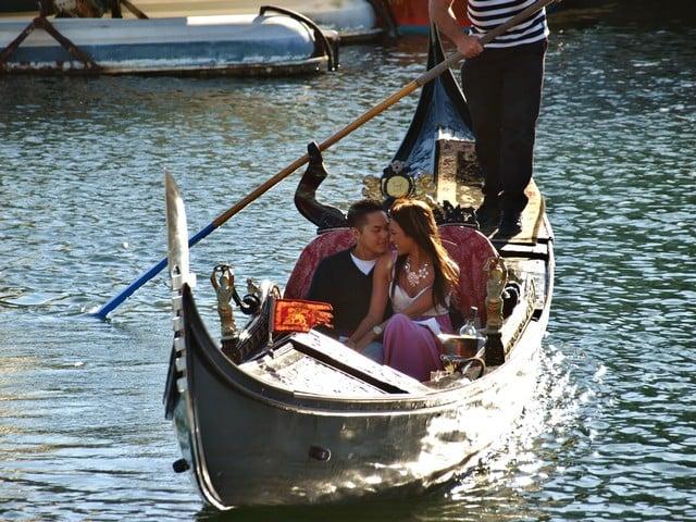 Gondola Rides Newport Travel Guide