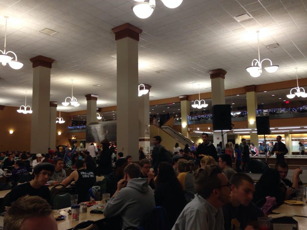 Monte's Bar & Grille: Alumni Ct, Cedarville, OH