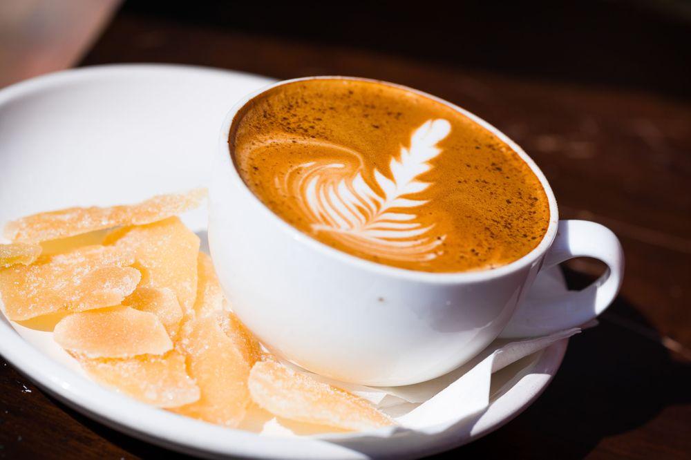 Headrush Roasters Coffee & Tea: 7108 N Oak Tfwy, Kansas City, MO