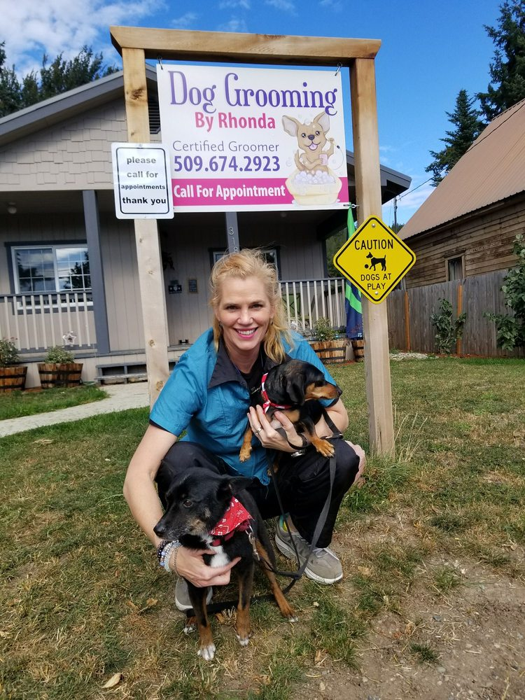 Rhondas Dog Grooming: 318 W 2nd St, Cle Elum, WA