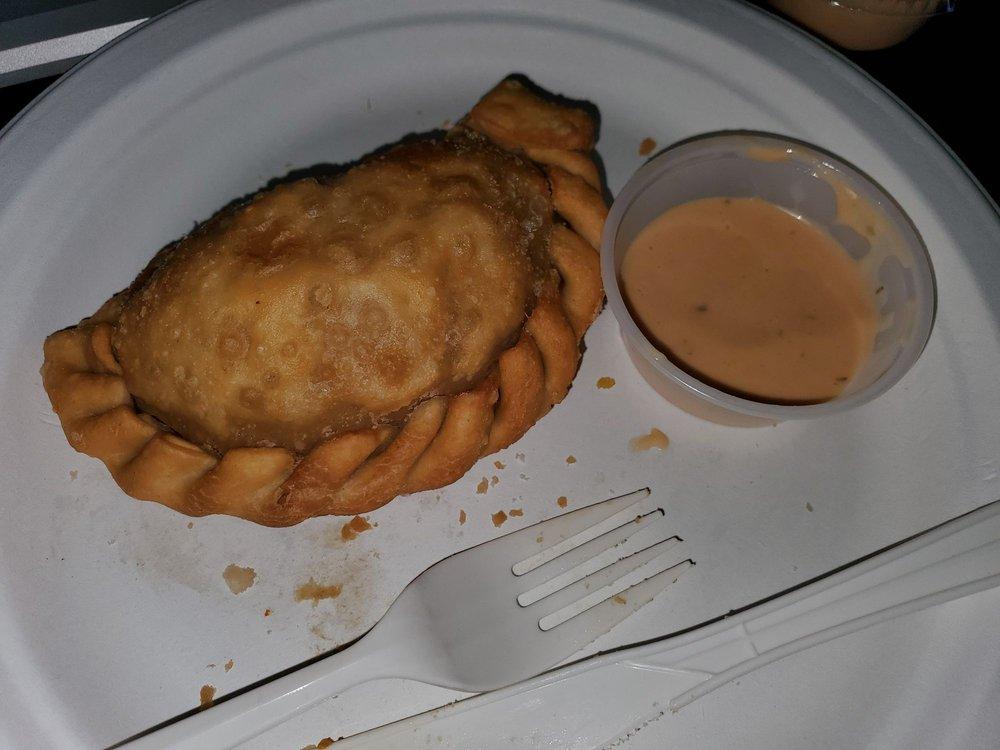 Delia's Empanada Cafe: 113 S Warren St, Trenton, NJ