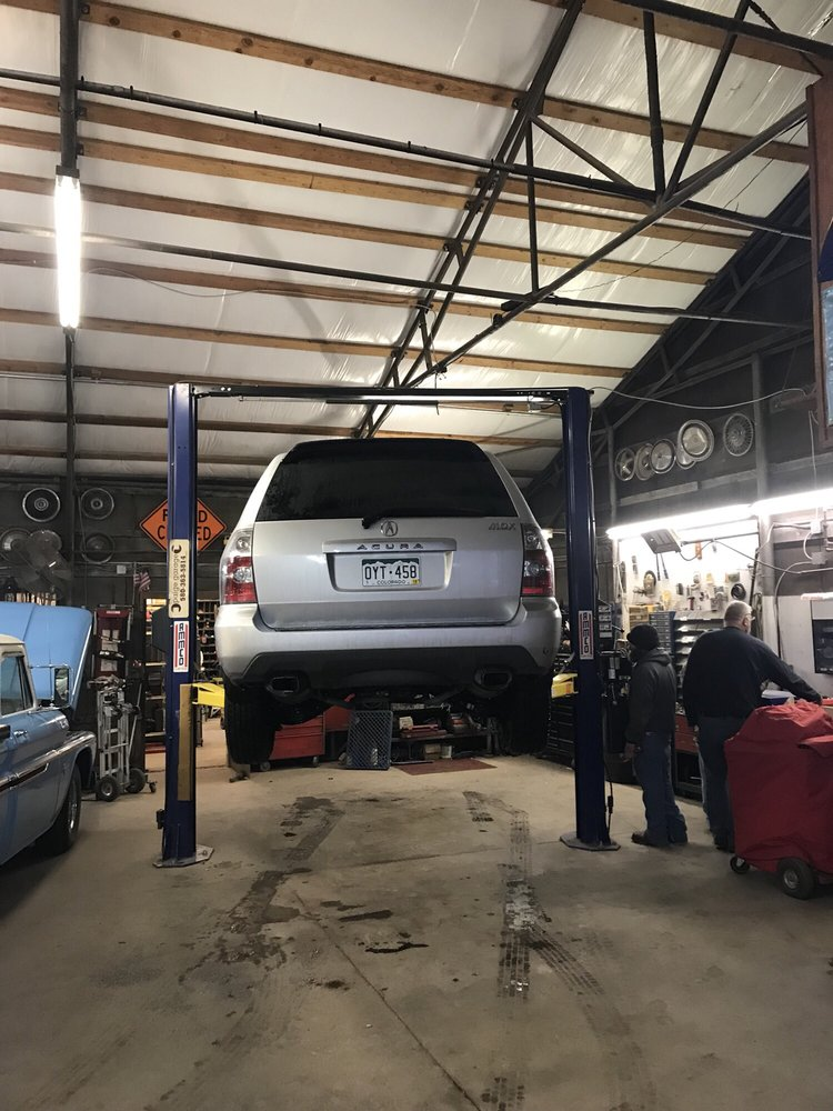 Paige Garage: 1785 S 44th St, Blackwell, OK