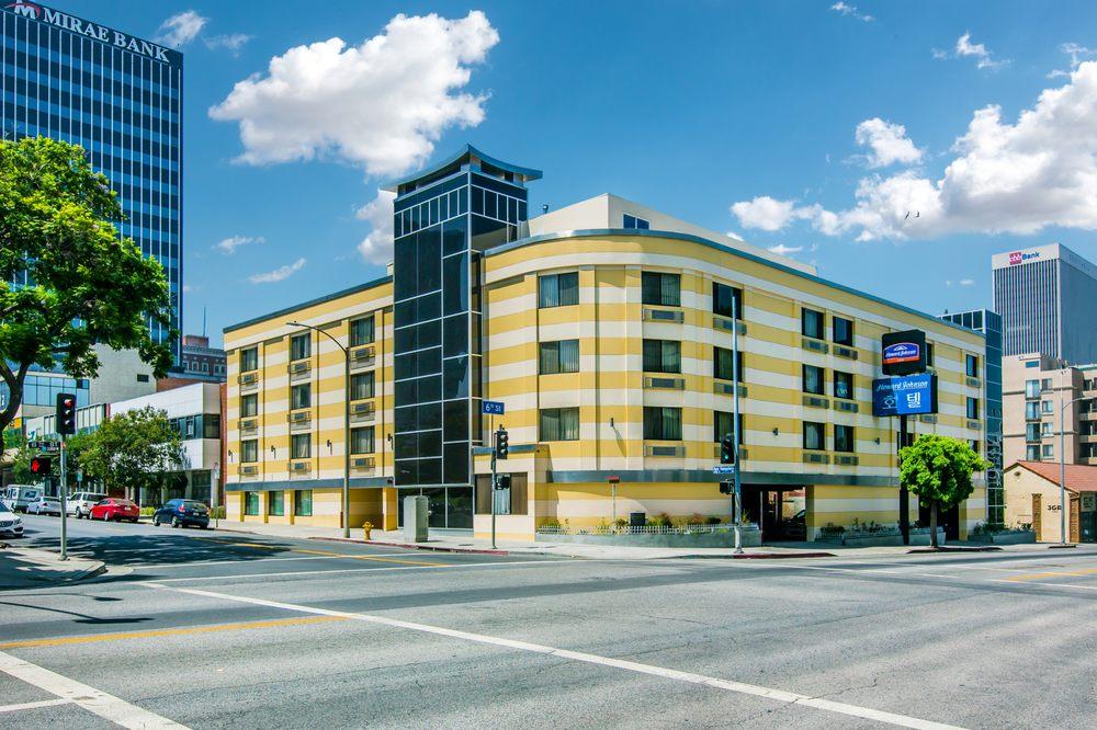 howard johnson los angeles near convention center closed. Black Bedroom Furniture Sets. Home Design Ideas
