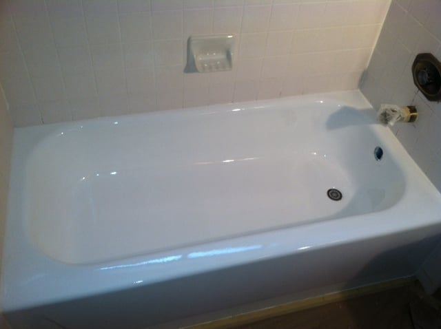 Make Your Bathtub Look New Again Done In One Day Easy To Clean Yelp