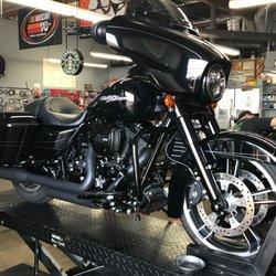 Lucky's Motorcycle Shop - 37 Photos & 27 Reviews - Motorcycle Gear