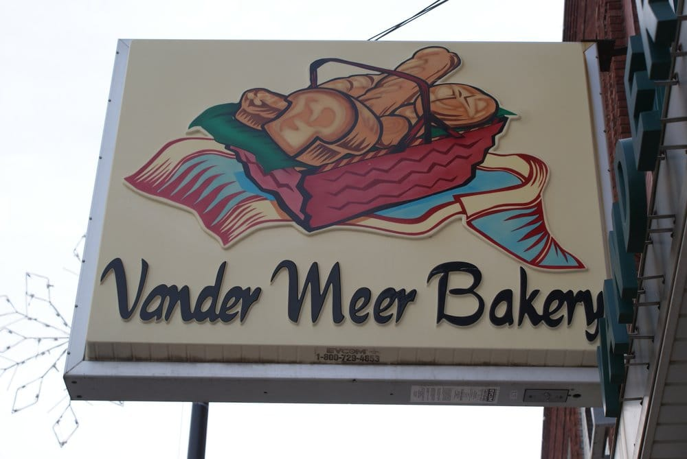 Vander Meer Bakery: 33 Central Ave NW, Le Mars, IA