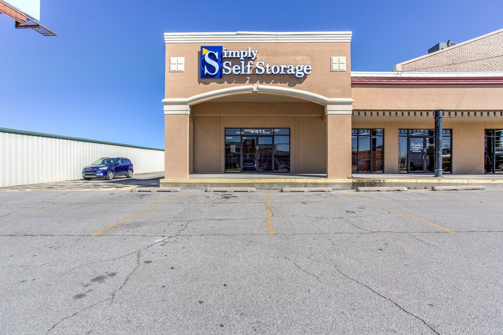 Simply Self Storage  Sheridan  Self Storage \u0026 Storage Units  4411 South Sheridan Rd, Midtown