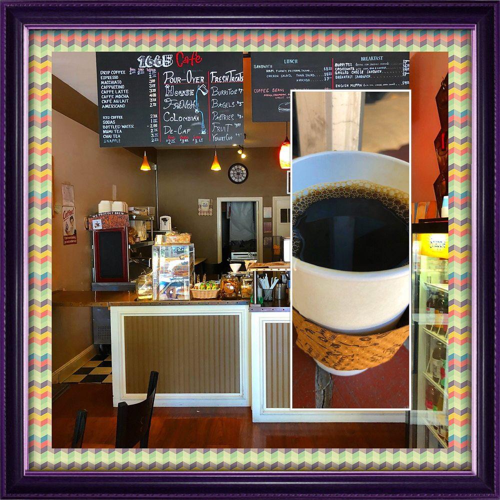 Fina's Cafe
