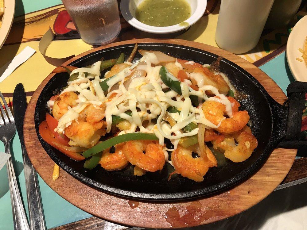 Super Tacos Moy: 140 W Chestnut St, Burlington, WI