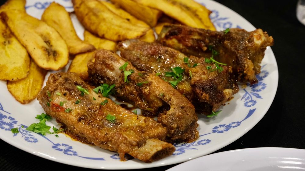 Food from Vizo's African Bar & Restaurant