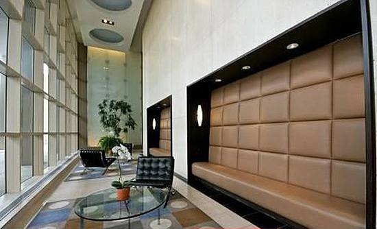 Metropolitan Condominium Association: 5320 N Sheridan Rd, Chicago, IL