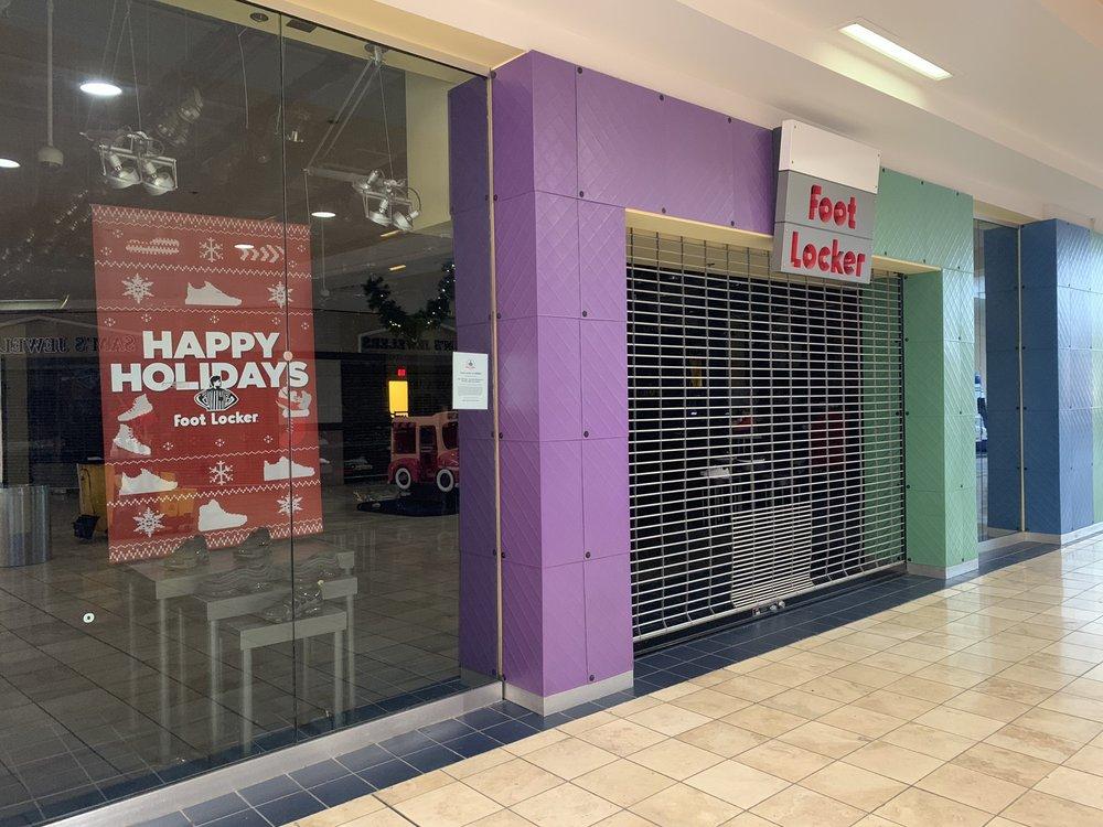 cfe39061a23 Foot Locker - Shoe Stores - 15555 E 14th St