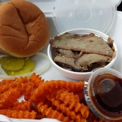 Phelp S Hog Heaven 10 Photos Reviews Barbeque 511 W 11th St Coffeyville Ks Restaurant Phone Number Last Updated December 11