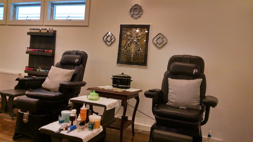 Reflection Salon & Boutique: 4955 Lake Shore Dr, Bolton Landing, NY